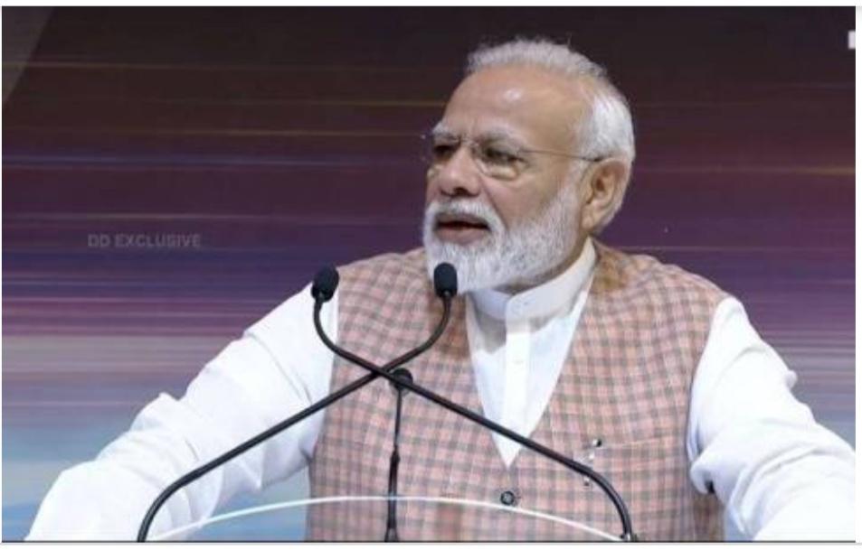Chandrayaan 2: PM Modi ने गिनाई ISRO की उपलब्धियां, कहा – हमारा हौसला कमजोर नहीं पड़ा है, बल्कि और मजबूत हुआ है