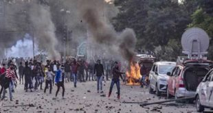 CAA पर बवाल : उत्तर प्रदेश में 31 जनवरी तक धारा 144, लखनऊ समेत 12 जिलों में इंटरनेट बंद